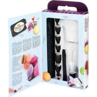 Mastrad Silicone Macaron Baking Set & Recipe Book