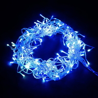 800 Icicle LED Christmas Lights in Blue and White